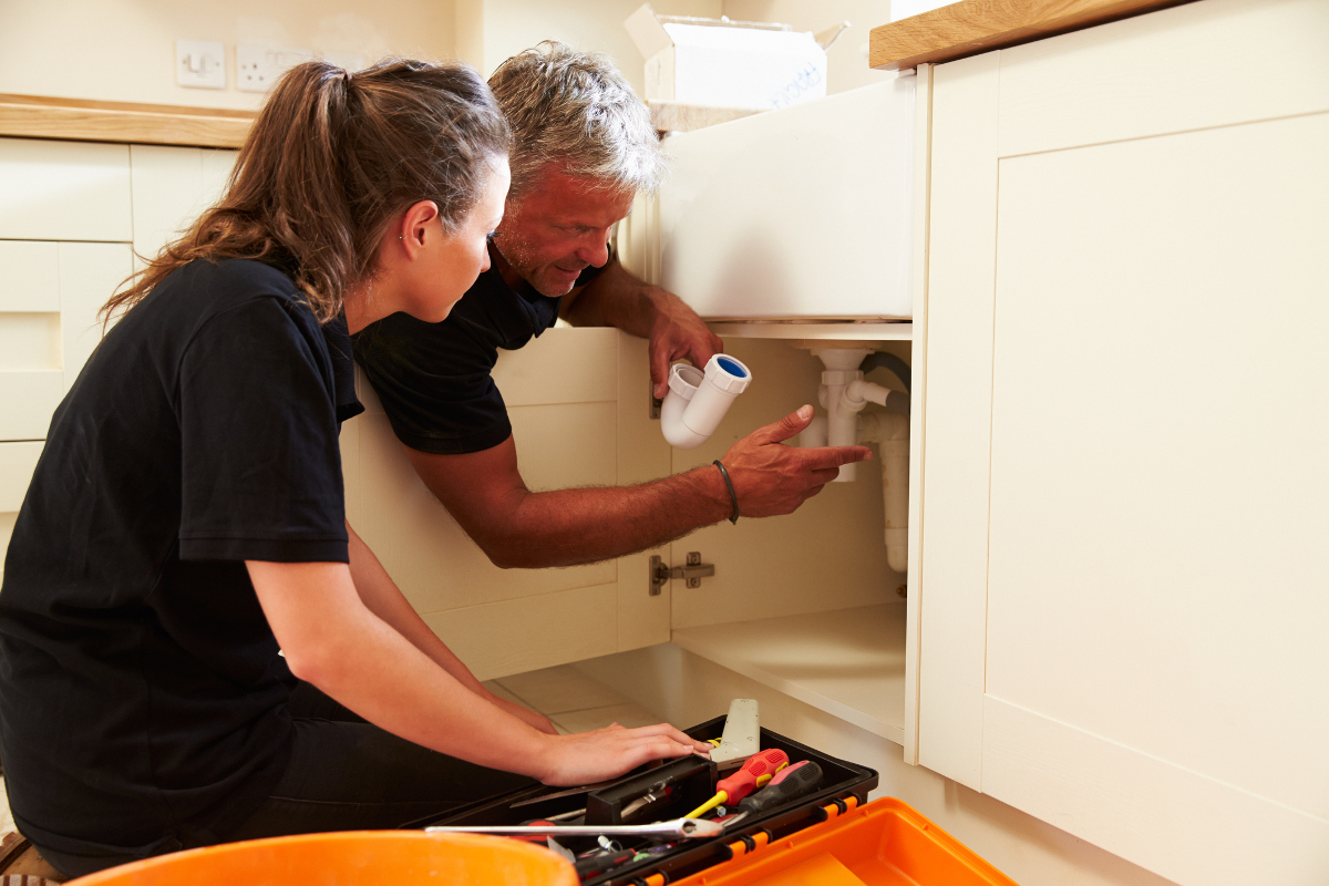 what qualifications are available an apprentice plumber learns on the job